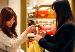 sophisticated-consumer-asia