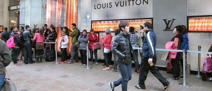 lv-china-shoppers